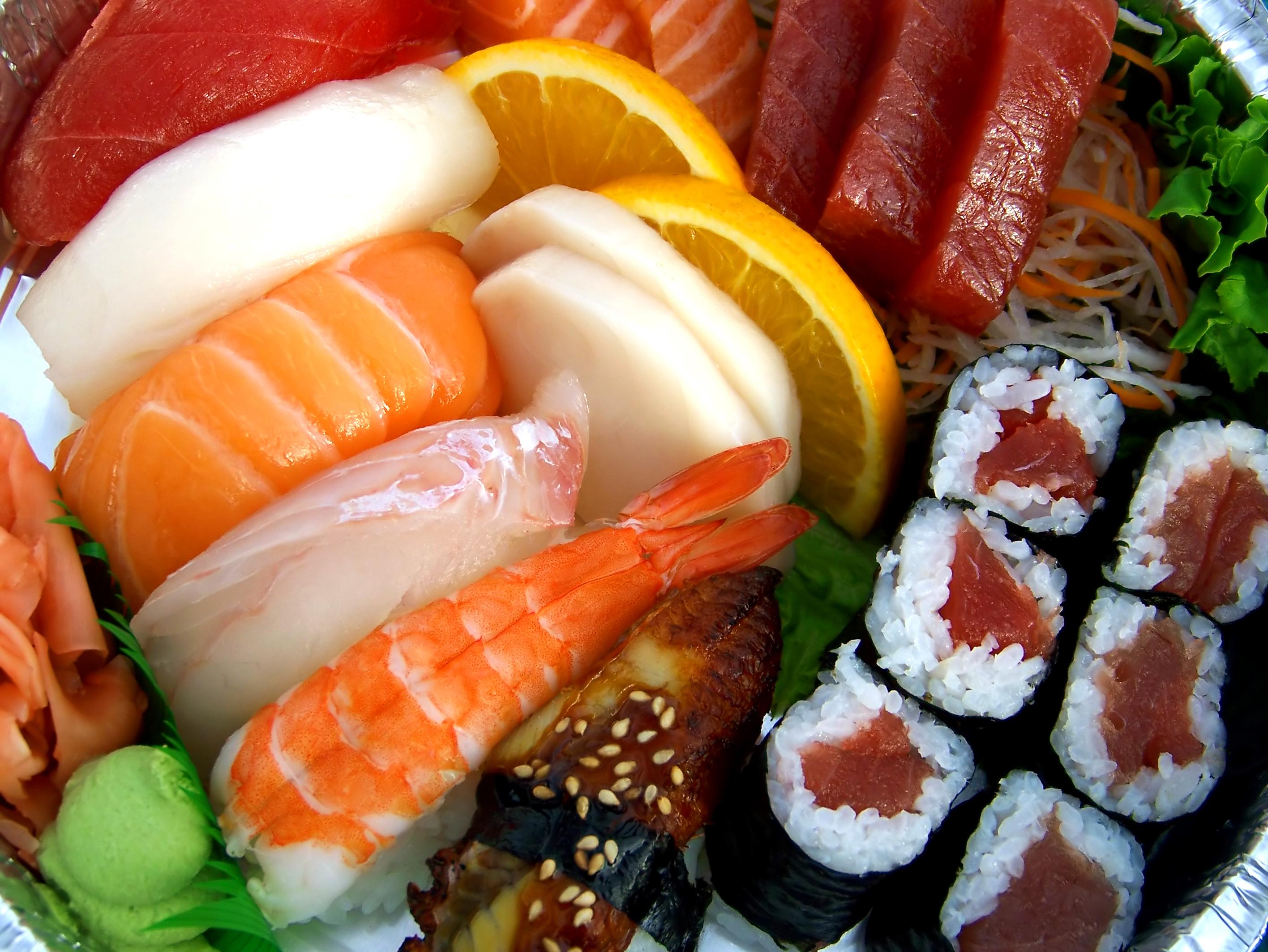 Nu kan du købe sushi-inspireret tøj